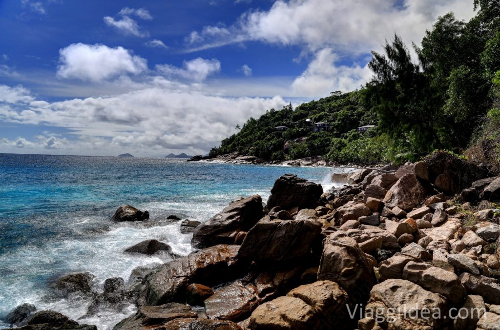 Anse la Libertè - Four Seasons Mahè